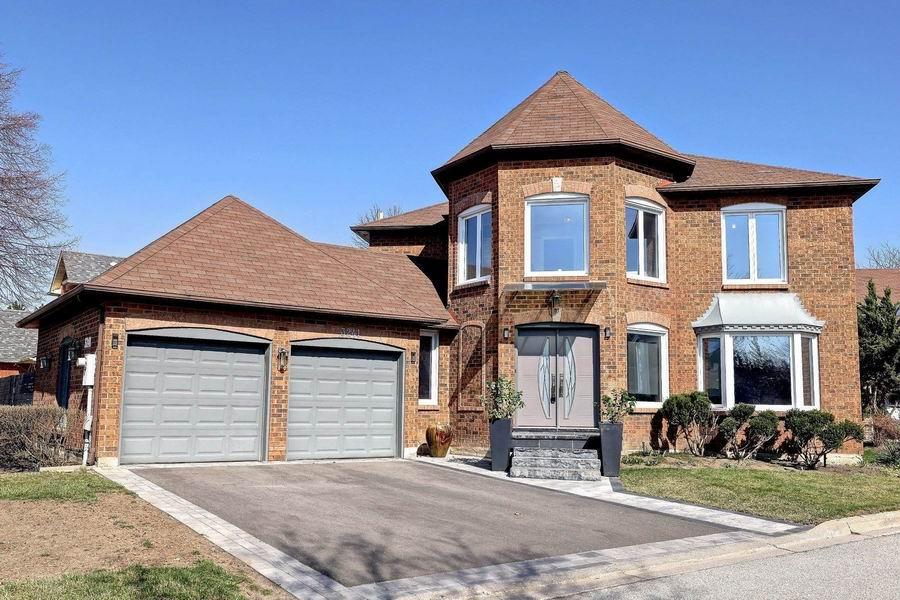 Houses For Sale in Mississauga