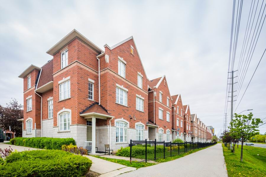 Mississauga Townhouses For Sale